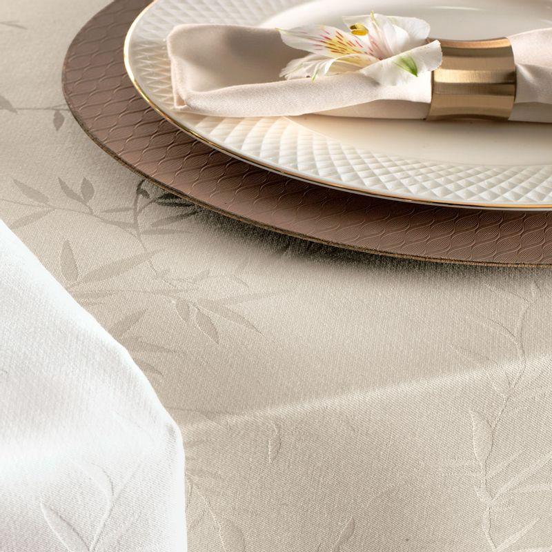toalha-de-mesa-verissimo-noz-moscada-detalhe